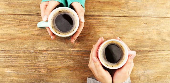 ¿Bebo demasiado café al día?