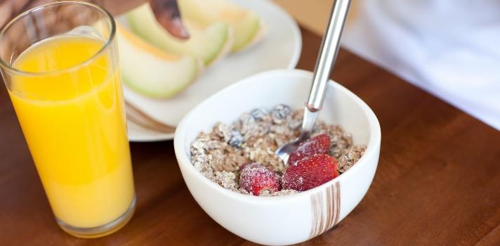Las frutas siempre serán buenas opciones a la hora de elegir alimentos nutritivos