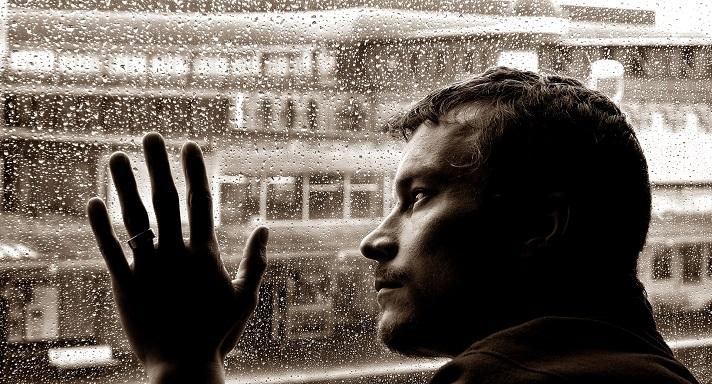 Los pensamientos positivos ayudan a superar la tristeza y la depresión