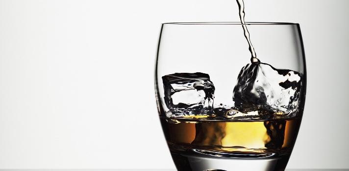 ¿Por qué vamos más veces al baño si hemos consumido alcohol?
