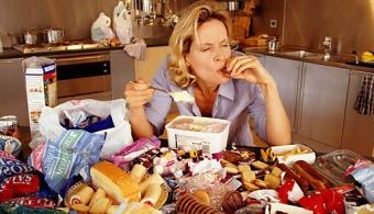 La mala alimentación afecta más al organismo que el tabaco