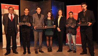 Estudiantes de UNIACC recibieron Becas Iberoamérica