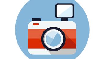 <p style=text-align: justify;>En el día de hoy compartiremos algunos<strong> consejos para elegir una cámara fotográfica</strong>, de manera que tu elección resulte práctica y guarde una perfecta <strong>relación precio-calidad</strong>. Presta atención y anota los siguientes tips. Pronto verás que no puedes dejar de tomar fotos con tu cámara.</p><p style=text-align: justify;></p><p style=text-align: justify;></p><p style=text-align: justify;><strong>Lee también</strong></p><p style=text-align: justify;><br/><span style=color: #0000ff;><a style=color: #ff0000; text-decoration: none; title=Universia Andorra FACEBOOK href=https://www.facebook.com/pages/Universia-Andorra/321360841290005><span style=color: #0000ff;>» <strong>Universia Andorra FACEBOOK</strong></span></a></span><br/><a style=color: #ff0000; text-decoration: none; title=Visita nuestro portal de BECAS href=https://becas.universia.net/ad/index.jsp>» <strong>Visita nuestro portal de BECAS</strong></a></p><p style=text-align: justify;></p><p style=text-align: justify;></p><h3 style=text-align: justify;>Megapixeles</h3><p style=text-align: justify;></p><p style=text-align: justify;>Si entiendes algo de fotografía, seguramente ésta sea una de las primeras especificaciones en las que repares. Desde la invención de los smartphones los megapíxeles han cobrado una <strong>importancia especial</strong>. En el caso de una <strong>cámara compacta</strong><strong>entre 6 y 8 megapíxeles</strong> es una buena opción, mientras que para las <strong>réflex</strong> es preferible que el número oscile <strong>entre los 10 y 12</strong>. Aun así debes saber que la cantidad de megapíxeles también se debe corresponder con el uso que vayas a darle a tu cámara.</p><p style=text-align: justify;></p><p style=text-align: justify;></p><h3 style=text-align: justify;>Lentes</h3><p style=text-align: justify;></p><p style=text-align: justify;>Los lentes en las cámaras profesionales te permiten conseguir fotos que, la mayoría de las veces