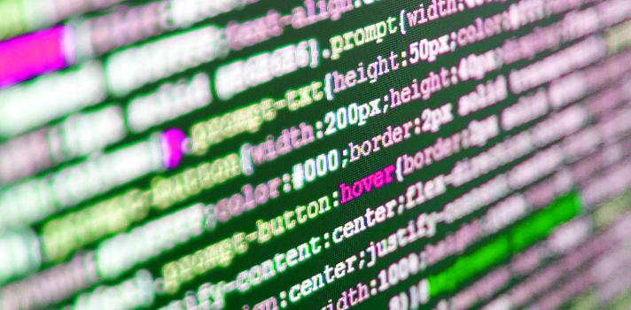 La programación representa una de las profesiones del futuro gracias a la transformación digital