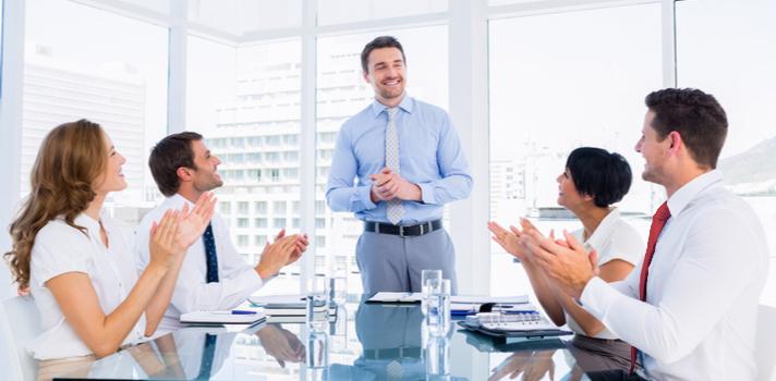 Un buen jefe sabe motivar a su equipo, y orientarle hacia la consecución de los objetivos del negocio