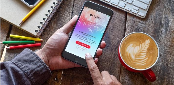 Apple Music ofrece un servicio sencillo y completo a la vez
