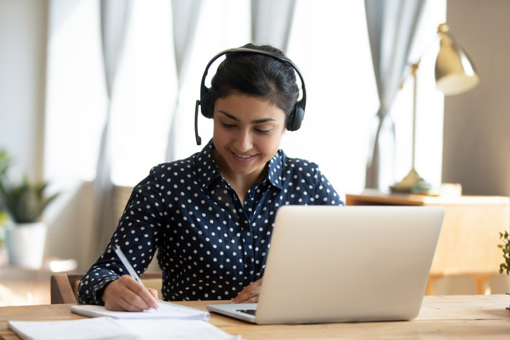 Docencia universitaria virtual: estudios en línea Colombia