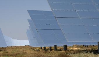 Estudiantes de la UNI clasifican al mundial de construcción de casas solares