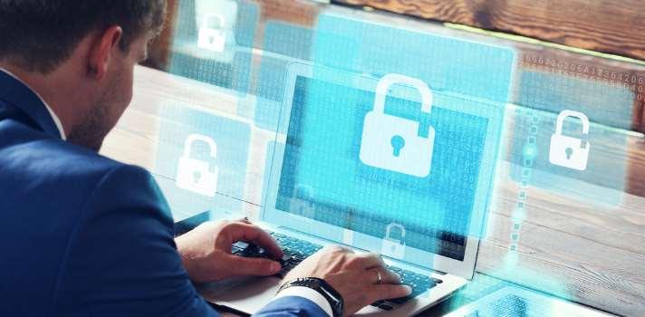 Las empresas españolas necesitan expertos en ciberseguridad.