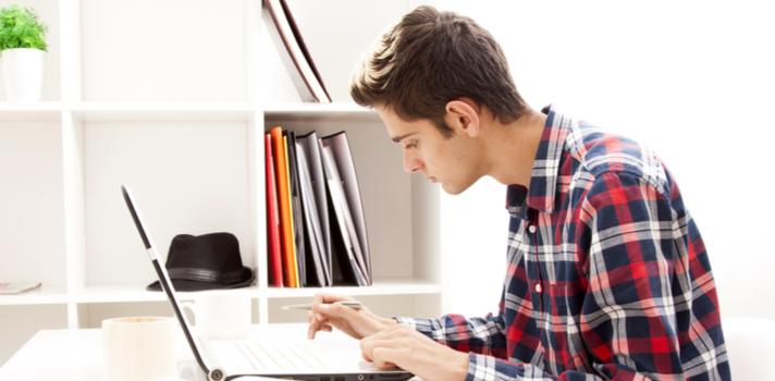 A entrega de tarefas, trabalhos e as avaliações podem ser realizadas de forma virtual