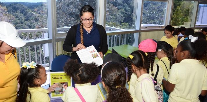 Estudiantes participan del primer NanoDays en el Observatorio de Arecibo
