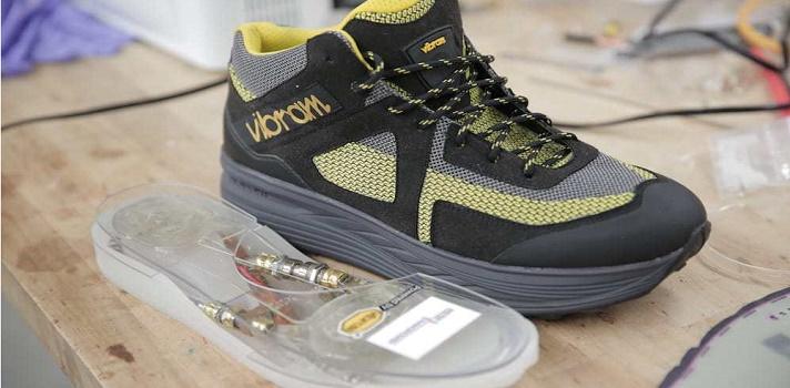 Crean unas zapatillas capaces de generar electricidad