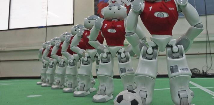 Selección robótica de fútbol de la Universidad de Chile se prepara para el Mundial en Japón