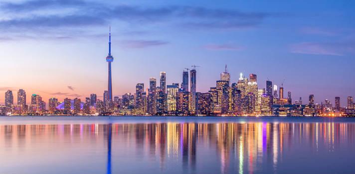 En Toronto, los pequeños negocios son un factor clave para el crecimiento económico y laboral de la ciudad