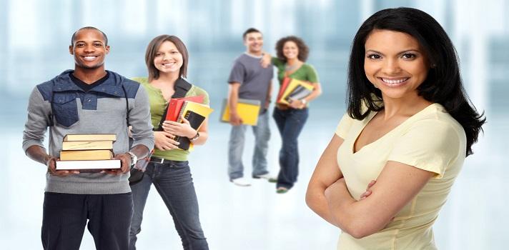 Más de la mitad de los jóvenes estudia su carrera por vocación