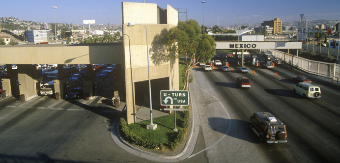 Frontera de Tijuana con Estados Unidos