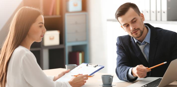 10 coisas que você precisa levar em uma entrevista de emprego