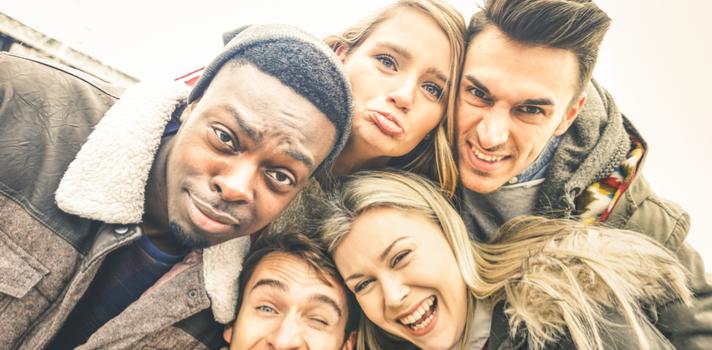El trabajo en la oficina fluirá más relajado si cuidas tu relación con el resto de compañeros