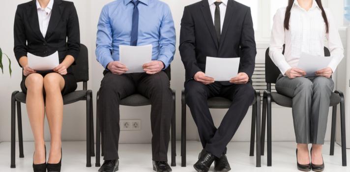 Las empresas de intermediación te asesorarán sobre la redacción de tu CV y las empresas a las que puedes postular