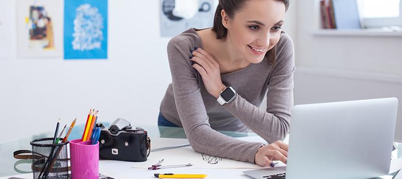 <p>Conseguir transformar um<strong><a title=Veja como o seu hobbie pode ajudá-lo a conseguir um emprego href=https://noticias.universia.com.br/emprego/noticia/2014/04/15/1094946/veja-hobbie-pode-ajuda-lo-conseguir-emprego.html>hobbie em profissão</a></strong>é uma tarefa muito difícil, mas que faz o trabalho valer a pena. É importante analisar uma série de informações para entender como transferir esse sentimento de bem-estar ao trabalho, por meio de informações que deixem claro qual o potencial da área. A seguir, <strong> confira as dicas:</strong></p><p></p><blockquote style=text-align: center;>Cadastre-se <span style=text-decoration: underline;><a id=REGISTRO USUARIOS class=enlaces_med_registro_universia title=Cadastre-se aqui para receber dicas de carreira href=https://usuarios.universia.net/registerUserComplete.action?idC=2&idS=NOTICIAS_BR target=_blank>aqui</a></span> para receber dicas de carreira</blockquote><p><span style=color: #333333;><strong>Você pode ler também:</strong></span><br/><a style=color: #ff0000; text-decoration: none; text-weight: bold; title=4 informações profissionais importantes para saber desde o começo da carreira href=https://noticias.universia.com.br/destaque/noticia/2016/04/11/1138145/4-informaces-profissionais- importantes-saber-desde-comeco-carreira.html>» <strong>4 informações profissionais importantes para saber desde o começo da carreira</strong></a><br/><a style=color: #ff0000; text-decoration: none; text-weight: bold; title=4 estratégias para escolher a melhor carreira profissional para você href=https://noticias.universia.com.br/destaque/noticia/2016/03/24/1137693/4-estrategias-escolher- melhor-carreira-profissional.html>» <strong>4 estratégias para escolher a melhor carreira profissional para você</strong></a><br/><a style=color: #ff0000; text-decoration: none; text-weight: bold; title=Todas as notícias de Carreira href=https://noticias.universia.com.br/carreira>» <strong>Todas as notícias de Carreira</strong></a></p><p></p>