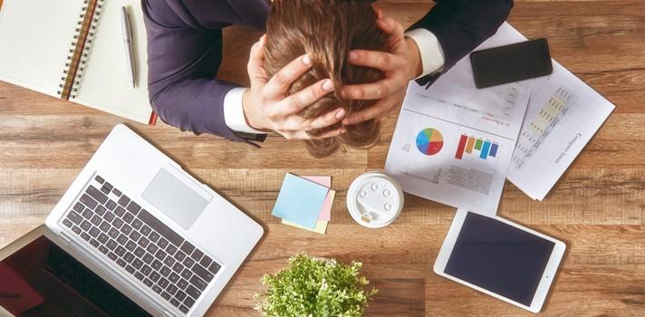7 actitudes que te condenarán al fracaso profesional