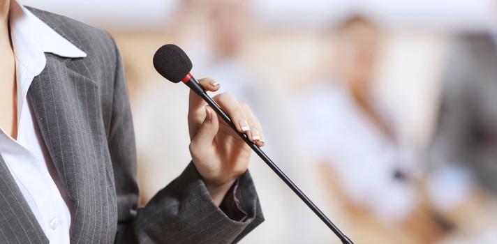 El lenguaje corporal también es una parte esencial de tu discurso
