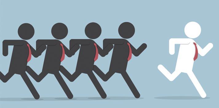 """<p>Las conferencias TED funcionan bajo la premisa de difundir<strong> ideas que valgan la pena</strong>, historias inspiradoras que te ayuden a crecer tanto en lo personal como en lo profesional y lo académico. Si lo que deseas es <strong>fortalecer tus capacidades de liderazgo</strong>, te recomendamos estas<strong> 7 charlas TED</strong>:</p><p></p><p><span style=color: #ff0000;><strong>Lee también</strong></span><br/><a style=color: #666565; text-decoration: none; title=7 objetos que no pueden faltar en tu oficina href=https://noticias.universia.net.co/consejos-profesionales/noticia/2015/10/21/1132632/7-objetos-pueden-faltar-oficina.html>» <strong>7 objetos que no pueden faltar en tu oficina</strong></a><br/><a style=color: #666565; text-decoration: none; title=Cómo detectar mentiras en una hoja de vida href=https://noticias.universia.net.co/consejos-profesionales/noticia/2015/10/19/1132496/como-detectar-mentiras-hoja-vida.html>» <strong>Cómo detectar mentiras en una hoja de vida</strong></a></p><p></p><p><strong>1. """"El poder de la vulnerabilidad"""" de René Brown </strong></p><p>Descubre cómo ponerse a uno mismo en un lugar de vulnerabilidad frente a los demás puede ser el mejor paso para entablar relaciones exitosas.</p><p><iframe src=https://embed-ssl.ted.com/talks/brene_brown_on_vulnerability.html width=640 height=360 frameborder=0 scrolling=no allowfullscreen=allowfullscreen></iframe></p><p></p><p><strong>2. """"Un experimento radical de empatía"""" de Sam Richards </strong></p><p>Tener la capacidad de ponerse en el lugar del otro es clave para construir relaciones exitosas y poder sacar adelante a un equipo o proyecto. El sociólogo Sam Richards, en esta conferencia, le propone a la audiencia la siguiente pregunta: ¿Podrías empatizar con las motivaciones de un insurgente iraquí?</p><p><iframe src=https://embed-ssl.ted.com/talks/sam_richards_a_radical_experiment_in_empathy.html width=640 height=360 frameborder=0 scrolling=no allowfullscreen=allowfullscreen></iframe></"""