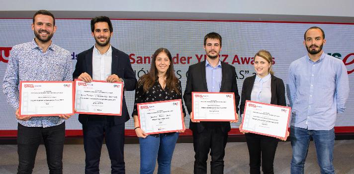 Premiados Santander YUZZ: Foto de grupo de los emprendedores premiados en esta edición de Santander YUZZ