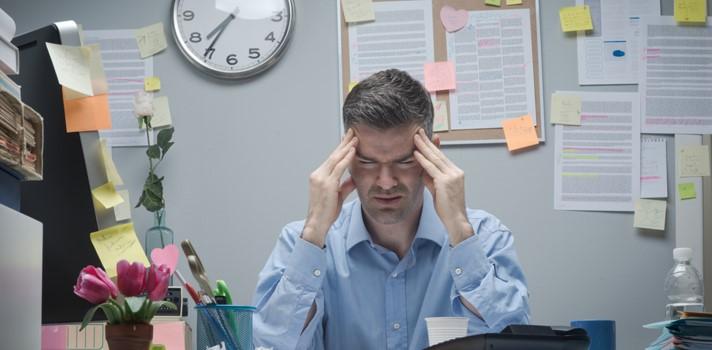 El estrés laboral también puede afectar tu vida personal