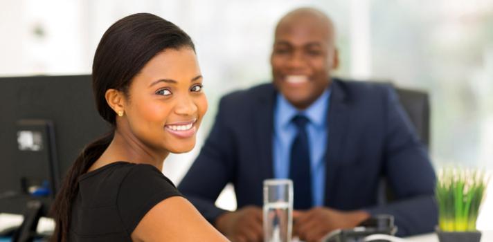As empresas podem analisar os perfis de candidatos potenciais