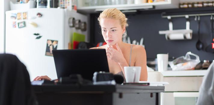 El trabajo freelance y en remoto puede ser una alternativa para combinar estudios y empleo