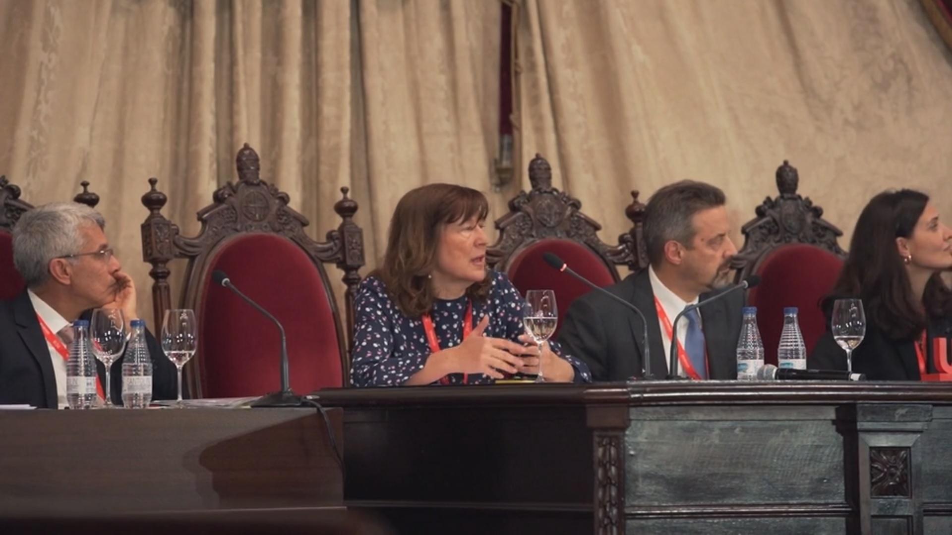 Flor Sánchez se centra en la necesidad de fomentar un tipo de investigación universitaria íntegra y con un enfoque responsable