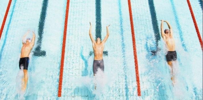 Para graduarte en esta universidad china debes nadar 50 metros.