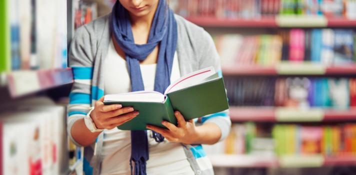 Uma das maneiras mais eficientes de adquirir conhecimento é por meio da leitura