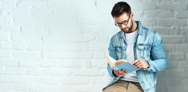 O hábito de leitura deve ser promovido no meio universitário