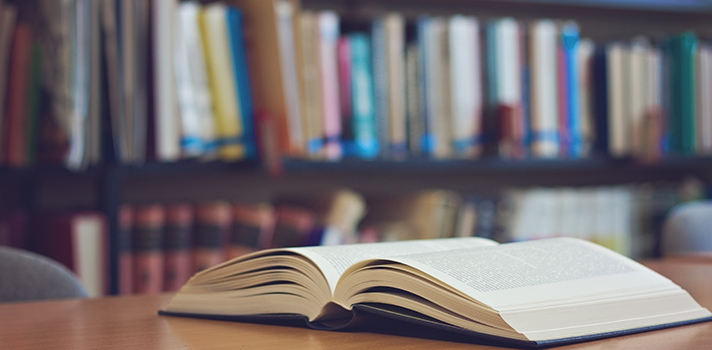 Podés encontrarlos en cualquier biblioteca, y también online