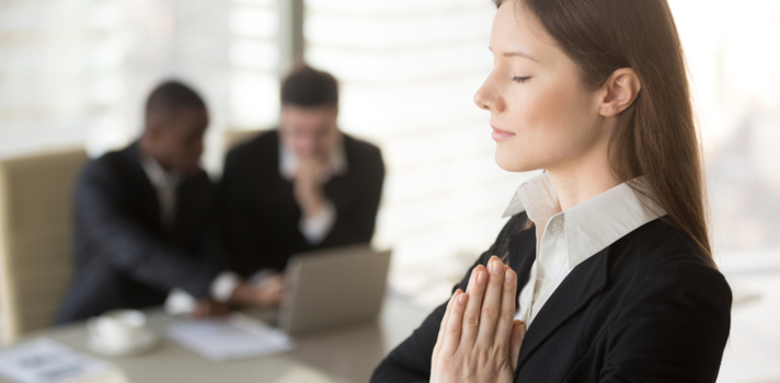 Para aprender a melhor maneira de gerenciar a sua paciência, você pode tentar se testar em algumas situações