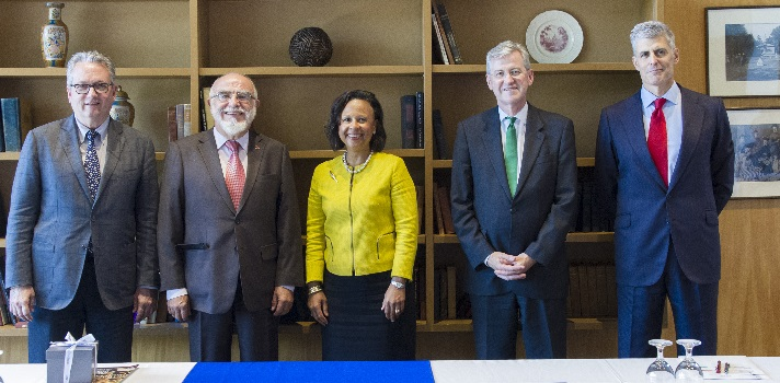 Firma del acuerdo Universia Wellesley College
