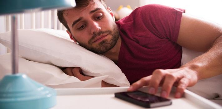 Postergar la alarma puede traer consecuencias graves en nuestro ciclo de sueño