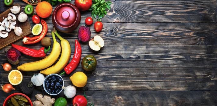 El cerebro necesita nutrientes fuertes, como las vitaminas de las frutas