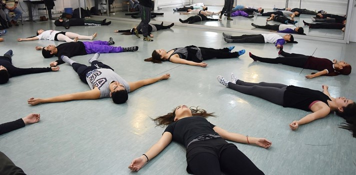 Zúñiga fue formado el Teatro Municipal de Santiago y en la Houston Ballet Academy