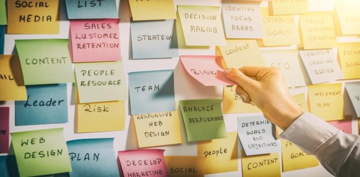 Qué es un Brainstorming y cómo enfrentarlo.