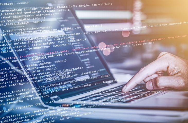 O programador é responsável por codificar instruções e funções para um determinado software ou até mesmo criar o software completo.