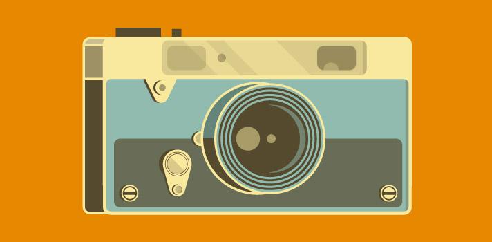 <p>¿Sos un fanático de la <a title=Curso online gratuito de fotografía digital | Universia href=https://noticias.universia.com.ar/educacion/noticia/2015/11/20/1133870/curso-online-gratuito-fotografia-digital.html target=_blank>fotografía</a>? ¿O tal vez te dedicas a la <a title=20 libros gratuitos de historia argentina y universal | Universia href=https://noticias.universia.com.ar/educacion/noticia/2016/01/25/1135693/20-libros-gratuitos-historia-argentina-universal.html target=_blank>investigación histórica</a>? De ser así, esta noticia definitivamente te interesará: la <strong>Biblioteca Pública de Nueva York</strong>, recientemente lanzó una <strong>colección digital</strong> de más de más de <strong>180 mil imágenes</strong>, disponibles para descargar de forma totalmente gratuita y en alta resolución.</p><blockquote style=text-align: center;><a id=REGISTRO_USUARIOS class=enlaces_med_registro_universia title=Regístrate en Universia aquí href=https://usuarios.universia.net/home.action target=_blank>Registrate</a>para estar informado sobre becas, ofertas de empleo, prácticas, Moocs, y mucho más</blockquote><p>Además de <strong>fotografías</strong>, esta colección incluye otros materiales inéditos como <strong>mapas</strong>, <strong>postales</strong>,<strong> manuscritos</strong> y <strong>partituras musicales</strong>, los cuales están categorizados minuciosamente según su fecha, género, título e incluso color. ¿Te interesa la propuesta? Comenzá a explorar la colección <a title=Visual Browser of NYPL Public Domain Collections href=https://publicdomain.nypl.org/pd-visualization/ target=_blank rel=me nofollow>aquí</a>.</p><p>Desde la institución informaron que el proyecto de digitalización inició hace cinco años por iniciativa de <strong>NYPL Labs</strong>, su equipo de tecnología y divulgación digital, con el cometido de facilitar el intercambio, la investigación y la reutilización de imágenes a estudiantes, educadores y usuarios de la web, además de incentivarlos 