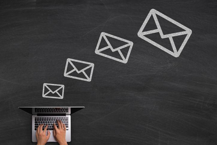 Escrever um e-mail profissional: dicas essenciais e erros a evitar