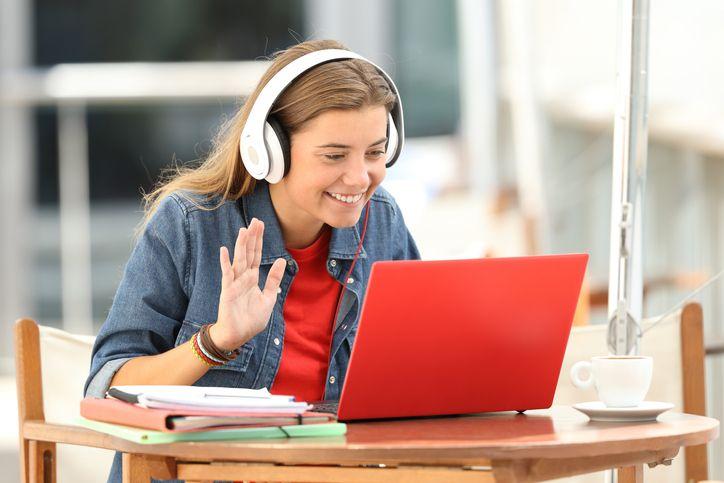 9 coisas que não deves fazer numa entrevista online