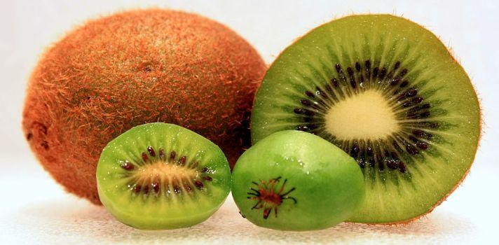 Los beneficios de comer kiwi