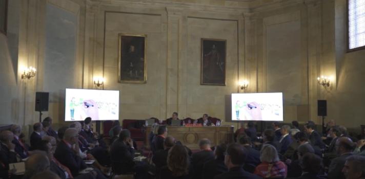 Argawal propone tres vías para modernizar las universidades: la educación modular, la educación omnicanal y la educación continua
