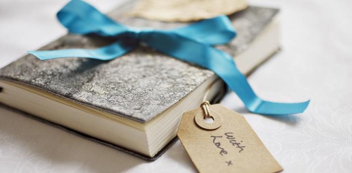 Descubre las mejores historias de amor a través de las páginas de estos libros