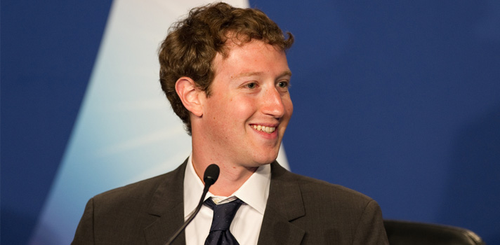 En 2015, el creador de Facebook, Mark Zuckerberg, se puso el reto de leer un libro cada 15 días